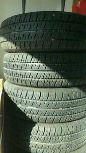 P215/70R14 - 4x All season tires used @40$ BF Goodrich West Island Greater Montréal image 1