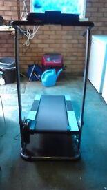 York pacer 2750 treadmill running walking machine in for Best non motorized treadmill