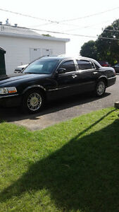 2010 Lincoln Town Car Signature Berline