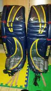Adult goalie equipment