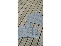 Original bmw x5 rear rubber car mats pair fit 01-06 shape