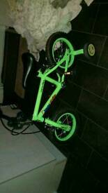 Childs 12 inch Apollo bike with stabilisers