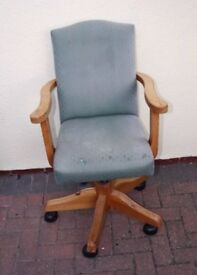 Wooden Fabric Office Chair with adjustable height.