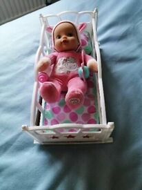 Childs baby and doll cot