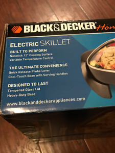 """Black and Decker 12"""" Electric Skillet (BRAND NEW)"""