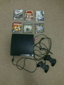 PS3 120GB 2 pads 6 games