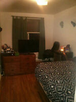 Looking to Assign The Rest of My Lease June - August