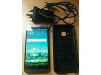 HTC ONE M9 32GB ( UNLOCK )