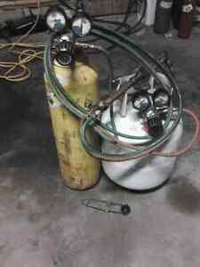 Victor Cutting torches & A Good Set Of USA Made Regulators Belleville Belleville Area image 1