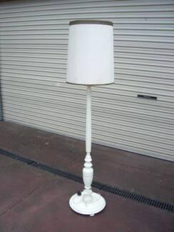 Vintage Art Deco Chrome Pedestal Floor Lamp | Floor Lamps | Gumtree ...