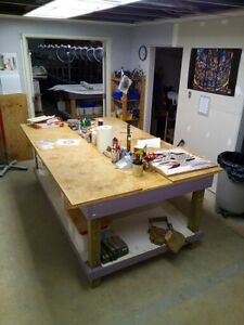 Solid Workbench Tables