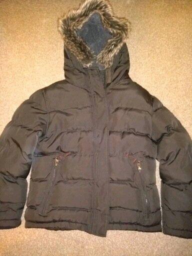 c75bfecae boys winter parka coat. dark khaki. very warm. almost new. age 7 8