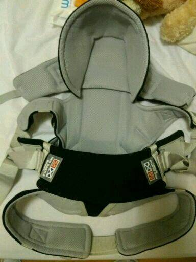 BABY CARRIER RED CASTLE SPORT Like New!