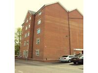 Studio flat in Gloucester Road, Town Centre