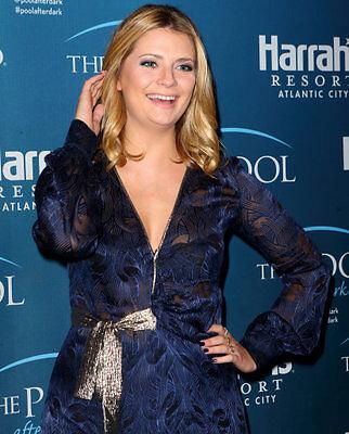 Mischa Barton glams up the wraparound dress