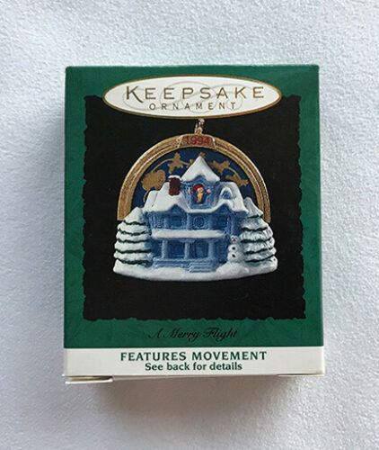 1994 A Merry Flight ~ Night Before Christmas Scene ~ Hallmark Miniature Ornament
