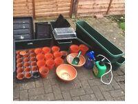 Bundle of pots