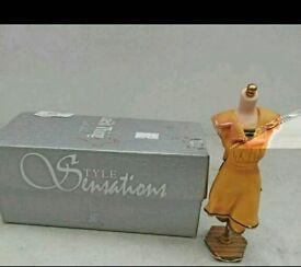 Bathing belle miniature mannequin style sensations