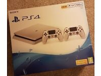 PS4 IN LIMITED EDITION SILVER WITH EXTRAS