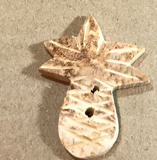 """Vintage Realistic Carved Coconut PINEAPPLE Button 1 3/8"""""""
