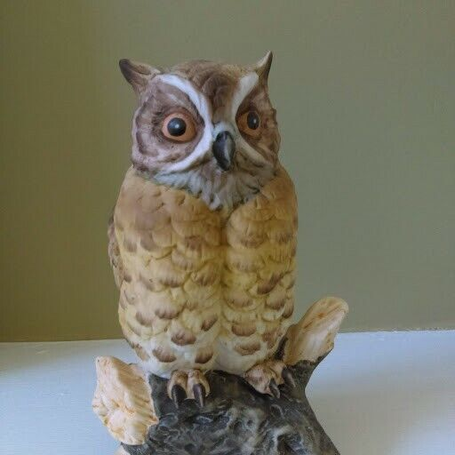 Owl Statue by Daito China Made in Japan EUC