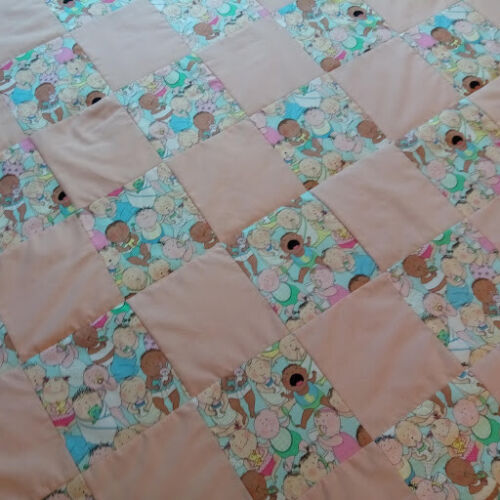 COUNTRY COTTAGE KIDS CRYING BABIES NURSERY CRIB QUILTED PATCHWORK BABY QUILT