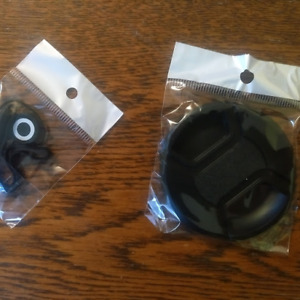 Camera lens accessories for 67 mm screw thread mounting