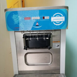 Machines comerciales  a Creme Glacee Neuves pour $150