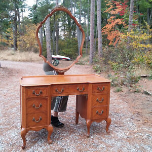 ANTIQUE BED AND LADIES VANITY WITH MIRROR
