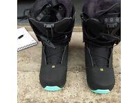 Salomon S IVY snow boarding boots - ladies