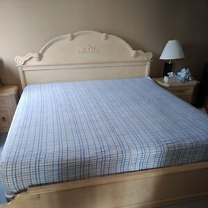 Beautiful King-size Bed for sale
