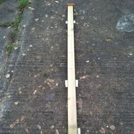 3 fence posts in good condition