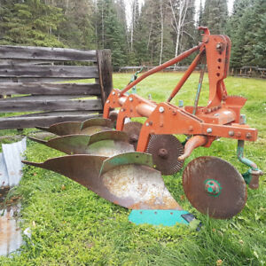 Kverneland three bottom plow