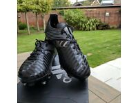 Boys Adidas Malice black football boots size 7