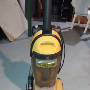 aspirateur hoover runabout