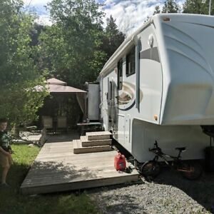 5th wheel | Travel Trailers & Campers | Ottawa | Kijiji