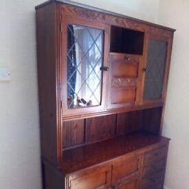 drinks cabinet/dresser