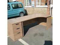 Sleek oak right hand turn desk with matching pedestal