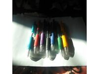 7 DIFFERENT COLOURED PENS