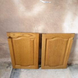 Solid wood kitchen cabinet doors (selection of sizes)