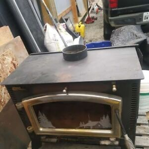 Elmira 1100 Fireview Woodstove