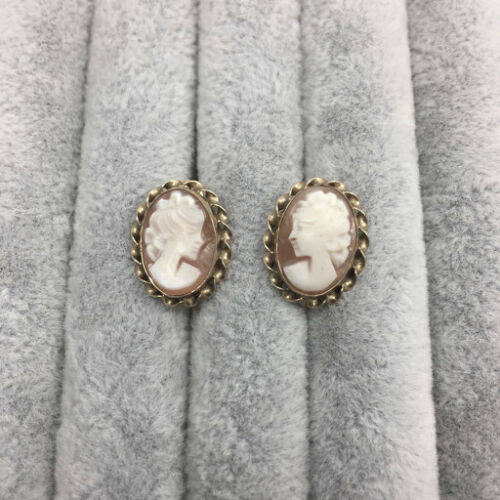 Vintage Carved Shell Cameo 12K GF Earrings, Screw Back,  Uncas Signed CC  1950