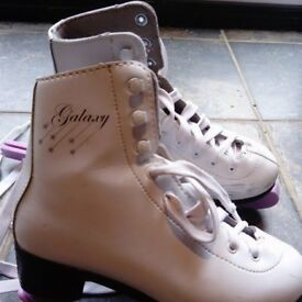 Girls Galaxy Ice Skates size 2