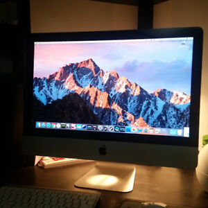"iMac 2011 21.5"" Fore Sale - Mint Condition and Great Gift Idea!"