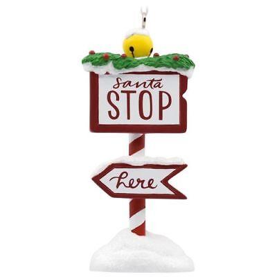 2018 Hallmark Santa Stop Here! Resin Sign Arrow Gift - Santa Stop Here Sign