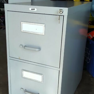 Filing Cabinet (2-drawer)