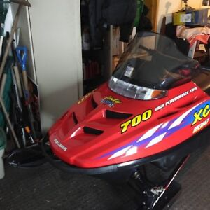 2000 POLARIS INDY 700