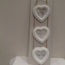 Triple Heart Shaped Photo Hanging Picture Frame.