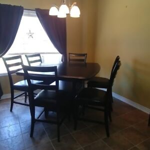 Kitchen, Coffee, and end tables for sale
