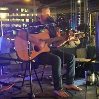 EXPERIENCED SINGER/12 STRING GUITARIST FOR HIRE FOR YOUR EVENT!